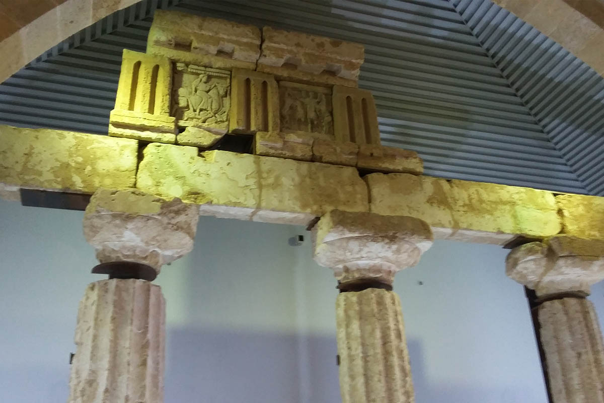 Baglio Florio, Ricostruzione Tempio Y Con Metope – Foto ReHu